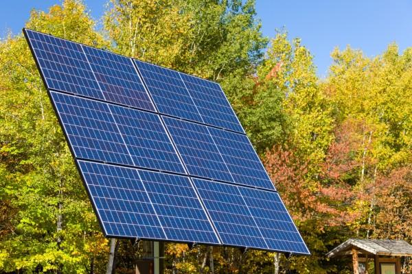 solar-panels-151541185456U