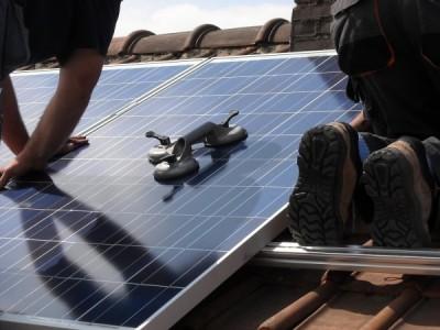solar-panels-944002_1280